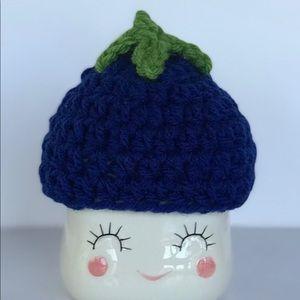 Blueberry marshmallow mug hat